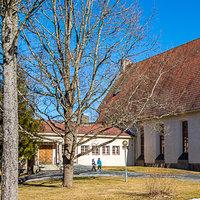 Viialan seurakuntatalo